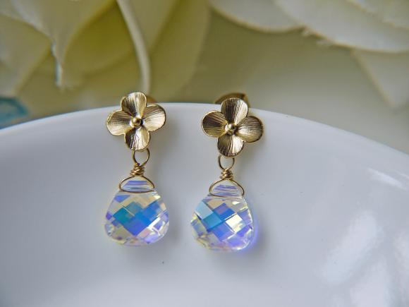 Sale. Matte Gold Petite Hydrangea And Swarovski Crystal Earrings. Aurora Borealis
