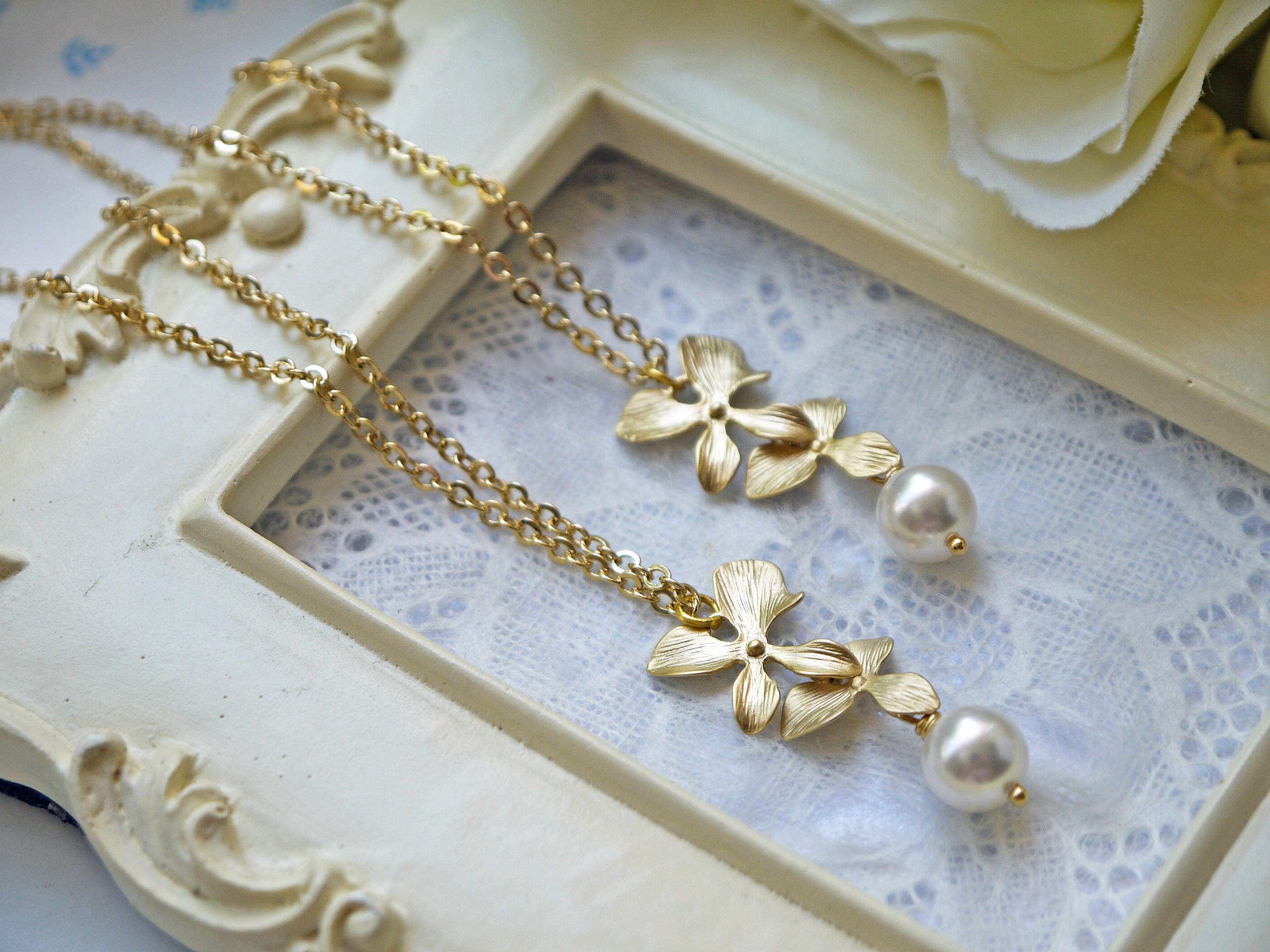 Wedding Jewelry Matte Gold Orchid And Pearl Pendant Necklace Matte Gold  Flower White Pearl Bridal Neklace